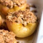 baked-apple-with-cinnamon-almonds